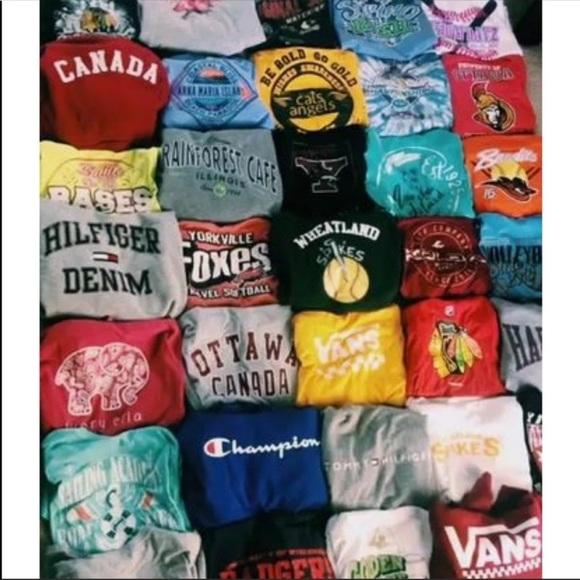 COPY - GRAPHIC TEE BUNDLE 5 shirts